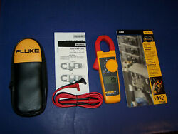New Fluke 323 True Rms Clamp Meter Ac Current Voltage Tester Case And Leads