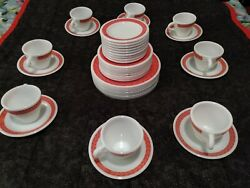 Pyrex Plates, 41 Pieces, Dishware Set, Coffee Cups, Saucers, Plates, Red Leaf.