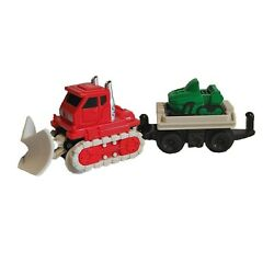2004 Fisher Price Geo Trax Rail Road System Pile High Plowing Plow And Snowmobile