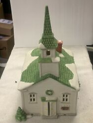 Dept 56 New England Village Series Steeple Church Christmas With Operating Light