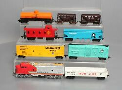 Bachmann Ho Santa Fe Diesel Loco, Caboose And Freight Cars [9]
