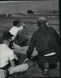 1966 Press Photo Moving Target At The Police Academy Fire Range - Spa90232