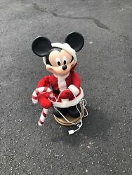 Vintage Santas Best Holiday Animation Candy Cane Mickey Mouse Disney 1996 Rare