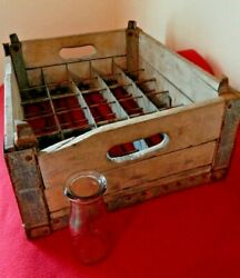 Old Cleveland Ohio Cherry Benelli Wooden Dairy Milk Crate For 30 Glass Bottles