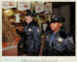 1991 Press Photo New Haven Police Officers David Johnson And Palmira Holmes