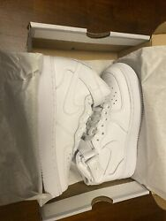 NEW NIKE AIR FORCE 1 WHITE WHITE KIDS SIZE 5Y 314195 113