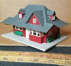 Model Trains Ho Scale Structure Building Model Layout Classic Station Clean