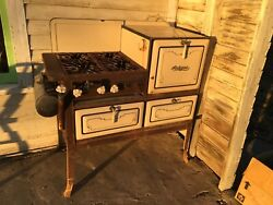 Auto Gas Antique Stove Vintage Brown And Cream Enamel Iron And Metal Cook Stove