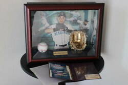 Mlb Limited To 250 Ichiro Autograph Ball 10 Commemoration Of Consecutive Gold