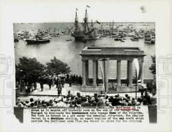 1957 Press Photo Mayflower Ii Moored Off Historic Rock In Plymouth, Ma.