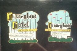 Disney Mib Cast Exclusive Disneyland Marquee And Hotel Sign Le 2 Pin Set