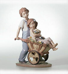 Lladro Porcelain The Prettiest Of All 01006850