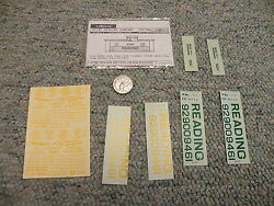 Walthers Decals O Gauge Caboose 82-07 Reading Yellow M132