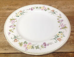 Mirabelle Wedgwood 1 Dinner Plate Bone China Dotted Edge Floral Rim R4537 White