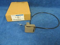 2003 Ford Explorer Mercury Mountaineer Rear Seat Back Adjuster Nos Ford 416