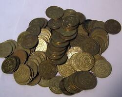 Lot Of 100 -- Chuck E Cheese Tokens -- Mixed Lots