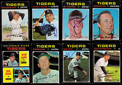 1971 Topps Detroit Tigers 8 Dif Signed Stanley Reed Brinkman Price + 4 Postcards