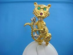 18k Yellow Gold Heavy 24.7 Grams Funny Tiger Brooch Diamonds Emeralds And Ruby