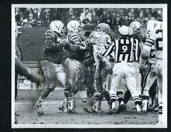 1971 Press Photo Baltimore Colts Fight With Cleveland Browns Ray May Garrington