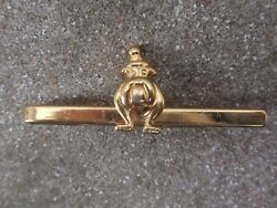 VINTAGE 1980-90 GOLD PLATED BULL DOG WEARING HAT TIE PIN SLIDE CLIP