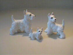 VINTAGE 1960'S MINIATURE BONE CHINA FAMILY OF WHITE SCOTTISH TERRIER DOGS
