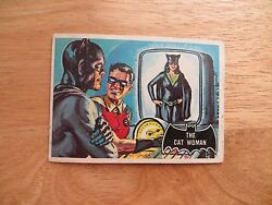 1966 TOPPS BATMAN BLACK BAT ORANGE BACK BUBBLE GUM CARD # 25 CAT WOMAN