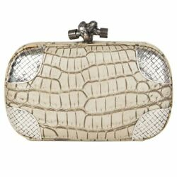 54583 auth BOTTEGA VENETA beige washed CROCODILE KNOT SMALL Clutch Bag