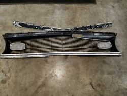 1968 68 Camaro Ss Z28 Std Oem Factory Original Gm Grille With Gm Moldings