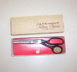 Vintage Kleencut Pinking Shears In The Box