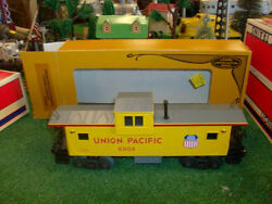 Lionel Trains No. 6904 Union Pacific Extended Vision Caboose 1983 - Very Nice