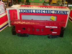 Lionel Trains No. 6431 Famous American Railroad Southern Bay Window Caboose 1983