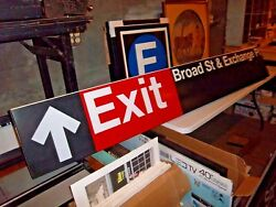 Nyc Ny Subway Sign Wall Broad Street Stock Exchange Place Financial District Ny