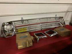 Nos 1969 Ford Truck Ranger Grille With Headlight Bezels C9tz-8200-a Fomoco