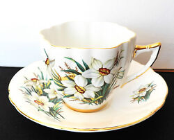 Vintage Collectible Windsor Bone China Cup And Saucer White Daffodils X1788/86 1-