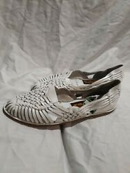 Womens Woodbridge White Leather Slip On Flats Size 6.5 Very Small Blemishes