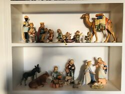 Beautiful 18-piece Vintage Hummel Figurine Nativity Set