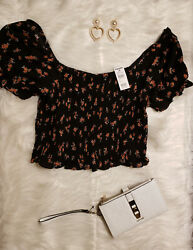 New Women's XL Cute dressy Floral crop top Tilly's Brand with stretch