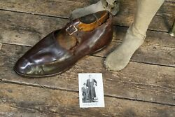 Early 20th Century Red Leather Shoe Of The Russian Giant Feodor Machnow Curio