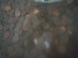 1 Lb One Pouch Per Order Copper Pennies Pre 1982 In Sackcloth Pouches