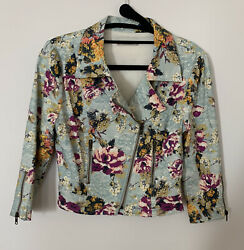 Women's Darling Jacket Size Small Cute And Well Made Blazer Perfect For Spring