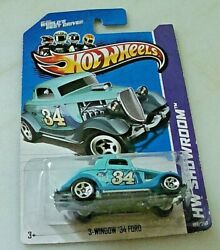 34 - 3 Window And03934 Ford Coupe - Hw Showroom By Hot Wheels And03913 -164 Diecast Car