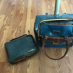 NWT Samantha Brown 5 Pc Green Faux Croc Rolling Carry On amp; Cosmetic Travel Case $100.00