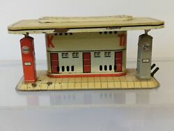 Vintage Tin Esso And Standard Oil German Gas Station Forecourt. 7 D.r.p. Toys