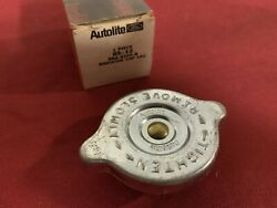 Nos Ford Mustang / Cougar Radiator Cap Autolite B8a-8100-a Rs-12 Boss Shelby