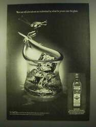 1975 Old Bushmills Irish Whiskey Ad - What He Pours