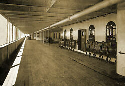 1912 Great Promenade Deck Of The Titanic Vintage Old Photo 13 X 19 Reprint