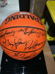 Lakers Basketball Signed By Shaq, Kobe, Shaw, Harper And Coach Phil Jackson