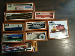 Tyco Electric Train Sets Lot 1975