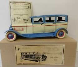 Vintage Tin Wind-up Dbs Germany Baron 540 Limousine With Chauffeur And Passenger