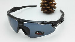 Oakley Sunglasses oo915 Grayamp;Black 170 150 40 mm $39.99